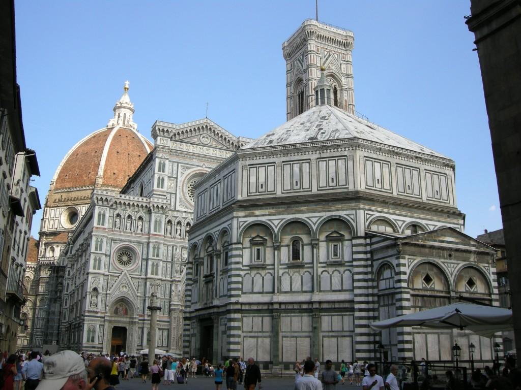 Piazza_san_giovanni_da_via_cerretani,_firenze
